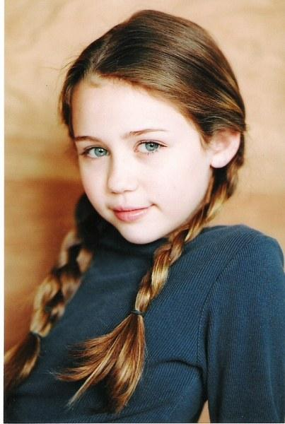 miley-cyrus-as-a-child